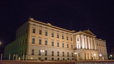 Det Kongelige Slott (The Royal Palace) by Steven Michael Martin
