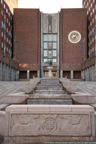 Oslo rådhus (Oslo City Hall) by Steven Michael Martin