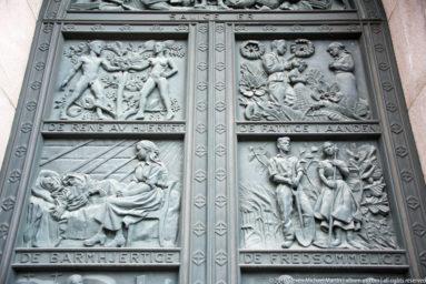 West portal bronze doors by Dagfin Werenskiold in 1938 by Steven Michael Martin by Steven Michael Martin