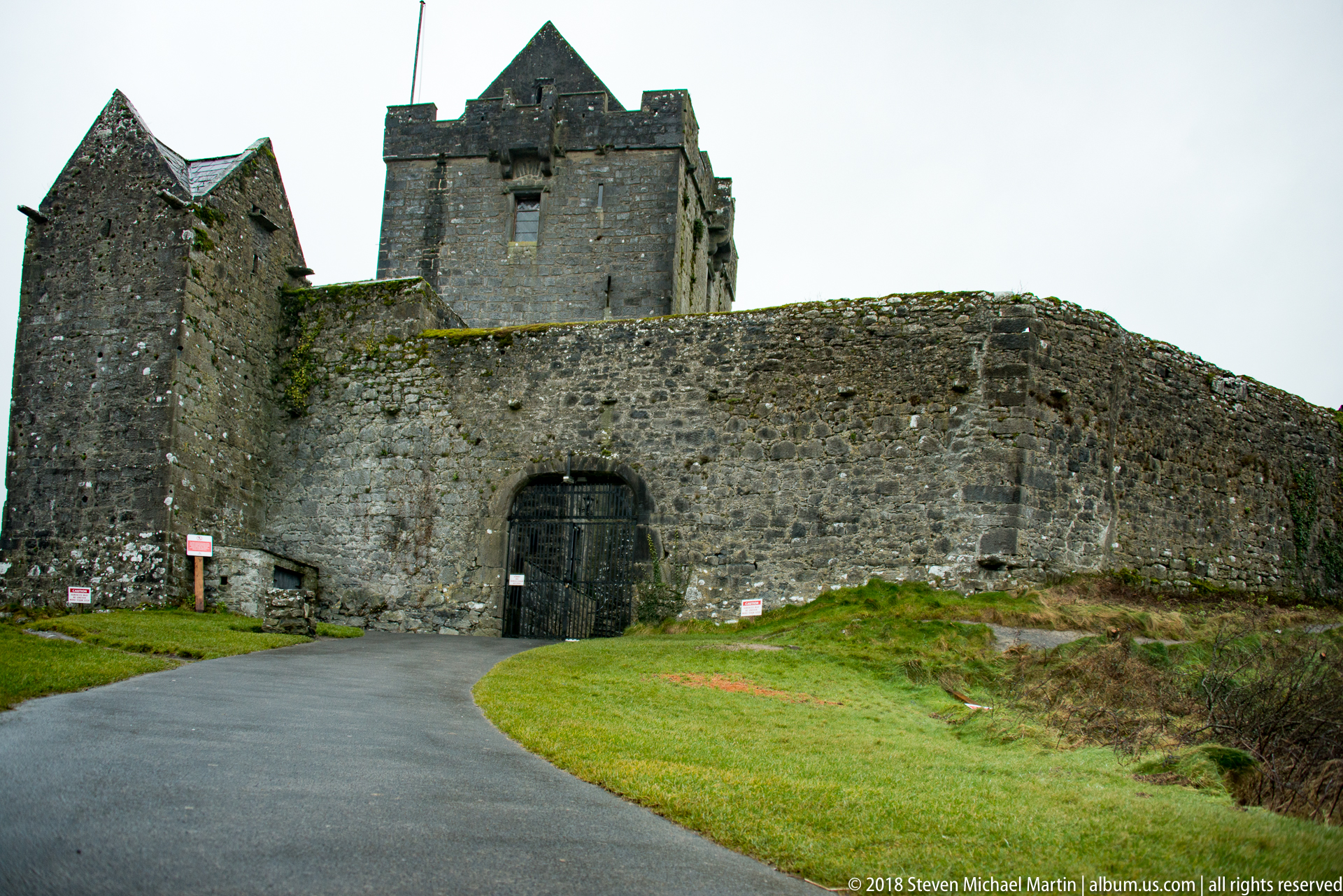 SMartin_2018 Ireland Donguaire Castle (6 of 28)